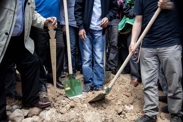 Đám tang tập thể đẫm nước mắt của gần 300 thợ mỏ Thổ Nhĩ Kỳ 10