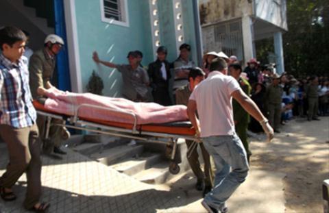 Gã trai giết chết bạn gái rồi ôm xác ngủ đến sáng 4