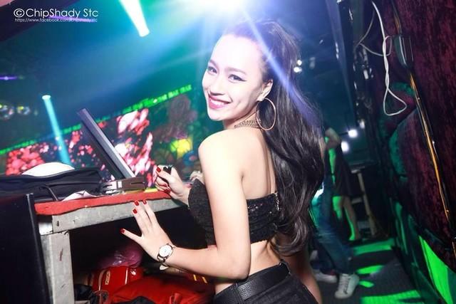 Gia cảnh đặc biệt ít biết của DJ nóng bỏng nhất Hà Thành 7