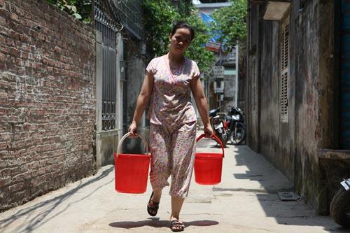 Dân Thủ đô nhịn tắm, ăn cháo vì mất nước 9