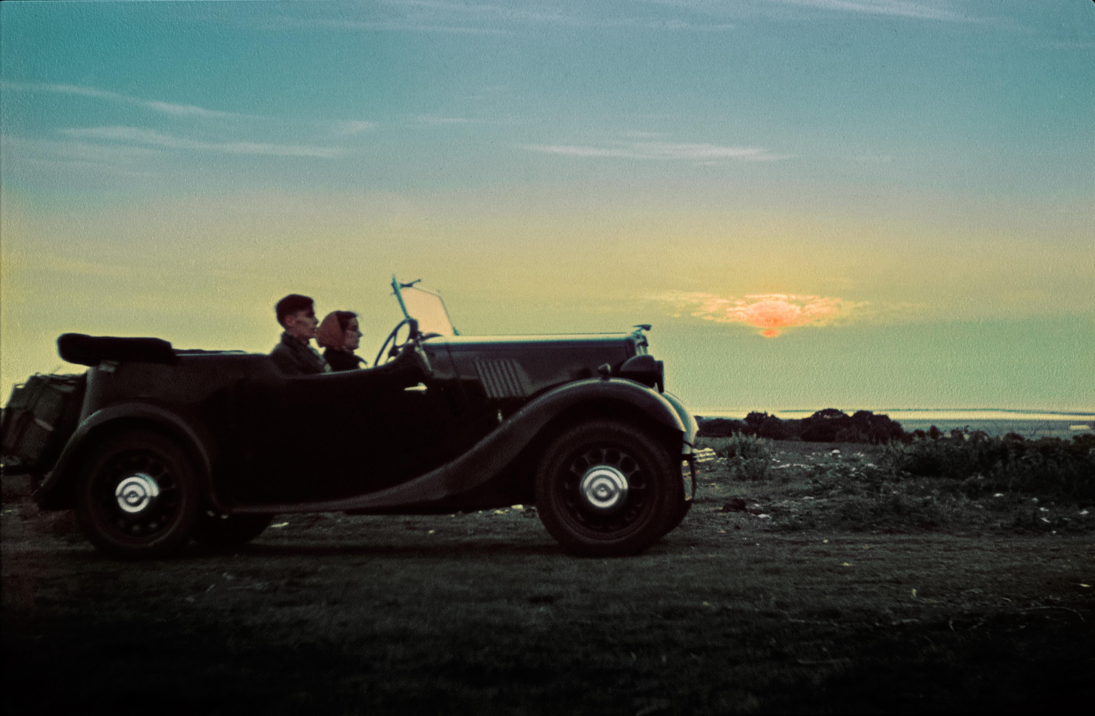 Trọn bộ ảnh quý về kỳ nghỉ trăng mật trước chiến tranh thế giới thứ 2 10