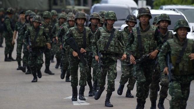 Quân đội Thái Lan tuyên bố đảo chính 4