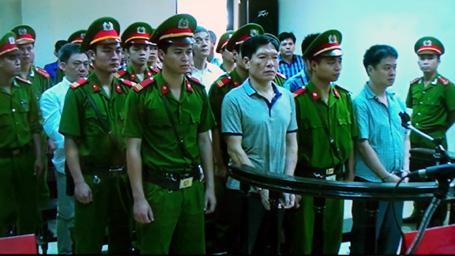 Nóng: Cựu đại tá Dương Tự Trọng được giảm 2 năm tù 6