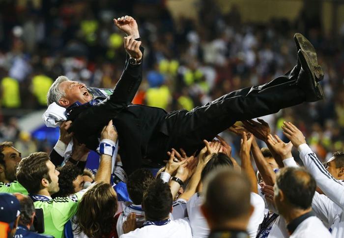 """Chùm ảnh: Cầu thủ Real """"điên cuồng"""" ăn mừng chức vô địch Champions League 8"""