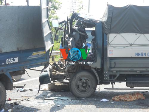 Tai nạn liên hoàn trên Đại lộ Thăng Long, 4 người thương vong 6