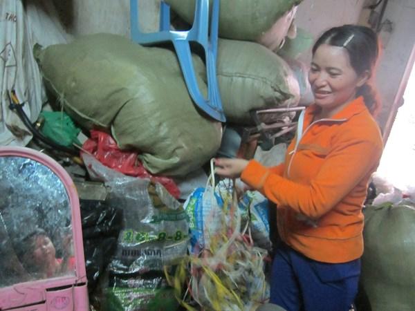 Nhặt được 5 triệu Yên Nhật: Chồng về quê chăn bò, vợ ở phố buôn ve chai 5