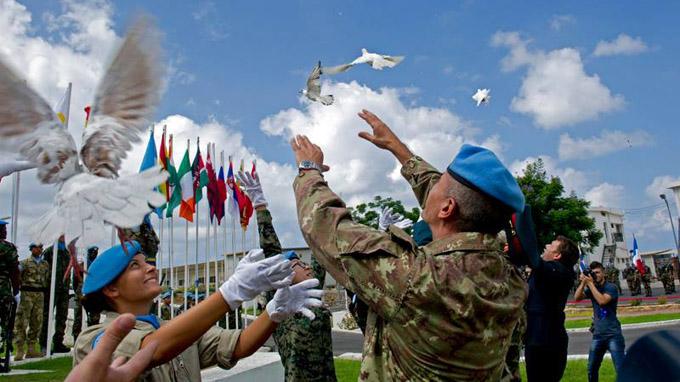 Tháng 6, Việt Nam bắt đầu tham gia lực lượng gìn giữ hòa bình quốc tế 6