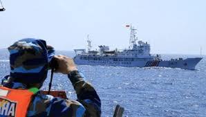 Xuất hiện tàu hộ vệ tên lửa TQ bám sát tàu Cảnh sát biển Việt Nam 5