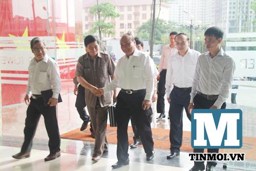Chùm ảnh Phó Thủ tướng Nguyễn Xuân Phúc làm việc với Hội Luật gia 4