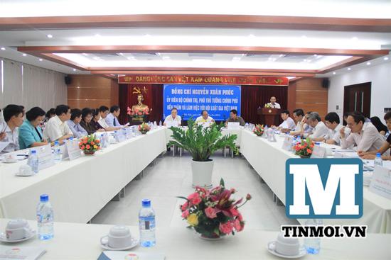 Chùm ảnh Phó Thủ tướng Nguyễn Xuân Phúc làm việc với Hội Luật gia 9