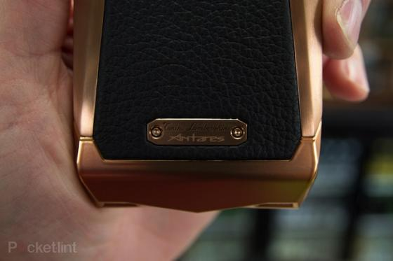Lóa mắt với smartphone Lamborghini giá gần 100 triệu đồng 15