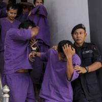 Thiếu nữ 15 tuổi bị 38 người đàn ông thay nhau cưỡng hiếp 5
