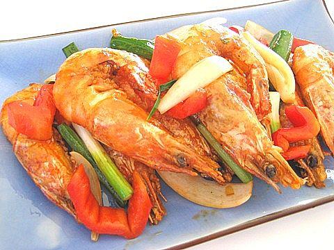 Những loại thực phẩm ăn vào là nổi mụn phải tránh xa 4
