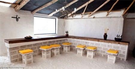 Cận cảnh khách sạn làm bằng muối độc nhất vô nhị  7