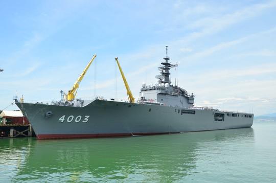 Tàu đổ bộ Nhật chở hải quân Mỹ, Úc, Nhật đến Đà Nẵng 4
