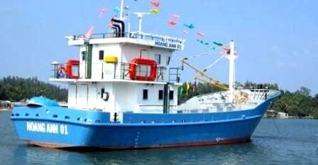 Hỗ trợ tàu thép cho ngư dân bám biển 7