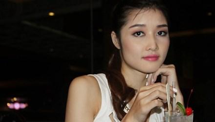 Hoa hậu trả vương miện tiết lộ những uẩn khúc và chuyện tình với cháu bà Kim Hồng 6