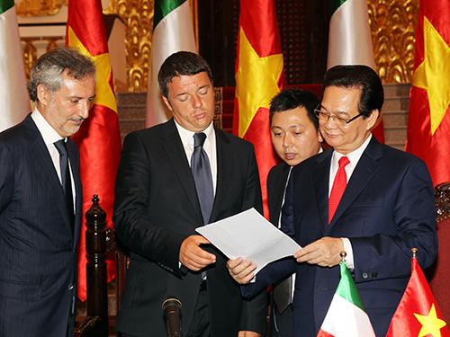 Trung Quốc tăng tàu chiến bảo vệ giàn khoan trái phép 5