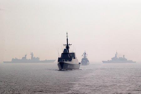 """Bắc Kinh áp dụng chính sách """"3 cuộc chiến"""" tại  Biển Đông 5"""