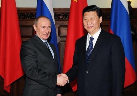 Nga-Trung muốn lật đổ sự thống trị của đồng USD 5