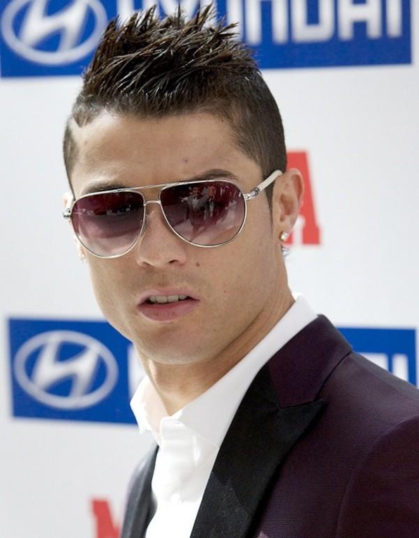 Ronaldo vô địch World Cup về độ giàu có 6