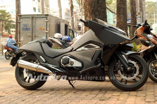 Motor tàng hình Honda NM4 xuất hiện tại Việt Nam 6