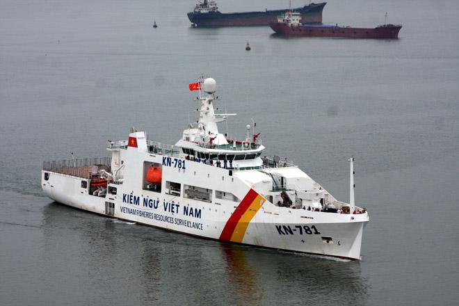 Uy lực vòi rồng của tàu kiểm ngư KN-781 hiện đại nhất Việt Nam 11