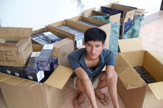 Công an thu giữ 2 tỷ đồng Zenfone 5, iPad nhập lậu ở Quảng Ninh 6