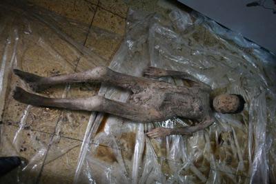 Cận cảnh xác ướp 600 năm vẫn còn nguyên vẹn  9