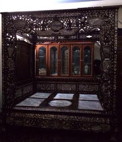 Giường 'công chúa', gối gỗ sưa của đại gia Kinh Bắc 6