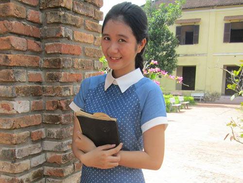 Chân dung nữ sinh xinh đẹp đạt điểm 10 môn Sử 5