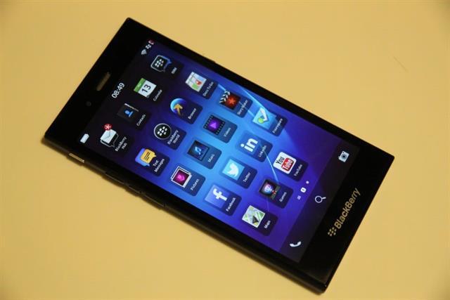 BlackBerry Z3 đã có mặt ở Việt Nam, giá 4,6 triệu đồng 7