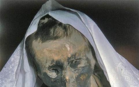 Bí ẩn xác chết Tây Tạng 600 năm không phân hủy - ảnh 3