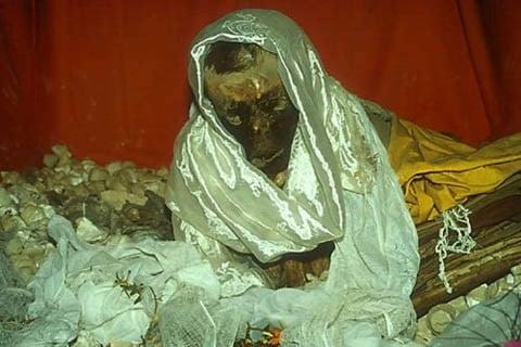 Bí ẩn xác chết Tây Tạng 600 năm không phân hủy - ảnh 4