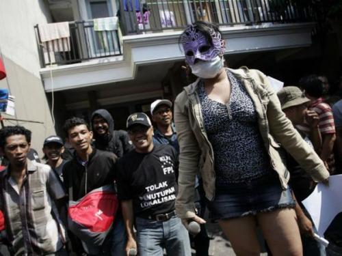 Cuộc sống của gái mại dâm ở khu đèn đỏ lớn nhất Đông Nam Á 6