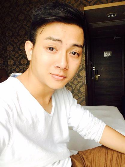 Hoài Lâm bị chụp trộm tư thế ngủ khó đỡ 11