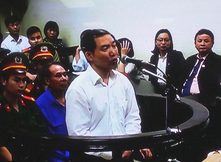 Dương Chí Dũng vẫn được nhận lương trong 2 năm ngồi tù 5