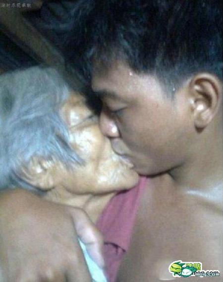 Sự thật chuyện tình gây chấn động giữa bà lão 80 và chàng trai 23 tuổi 5