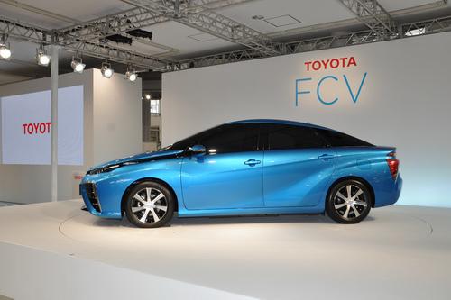 Toyota FCV 2 Toyota FCV   Chiếc xe tương lai với hứa hẹn giải quyết khủng hoảng nhiên liệu