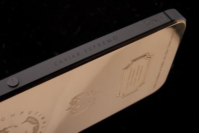 Hình ảnh Chiêm ngưỡng iPhone 5s in hình Tổng thống Putin giá 4.000 USD số 2