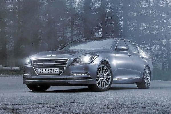 Hyundai Genesis 2015 với khả năng chống bắn tốc độ 5