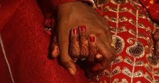 Cô dâu, chú rể bị gia đình cắt cổ vì tự ý kết hôn 4