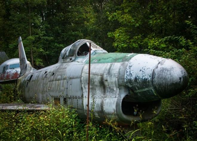 Nghĩa địa máy bay chiến đấu thời Thế chiến II 14