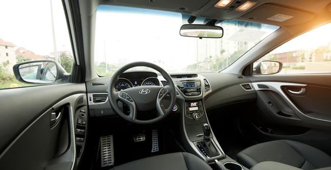 Hyundai Elantra ra mắt thế hệ 5 tại Việt Nam 6