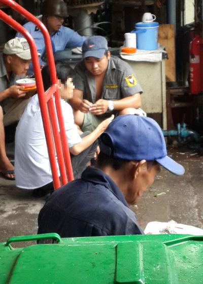 """Xâm nhập vào đường dây mua bán """"hàng nóng"""" giữa Sài Gòn 4"""