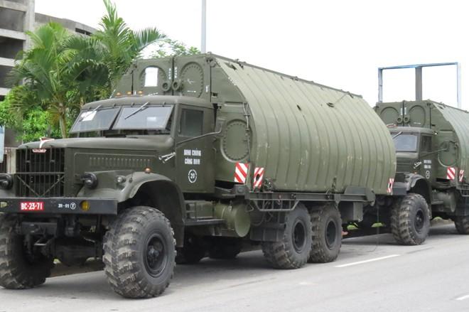 Dân Hải Phòng bất ngờ được chiêm ngưỡng dàn xe quân sự 7
