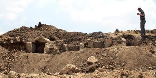 Phát hiện 5 quan tài bằng đá 6.000 năm tuổi 5