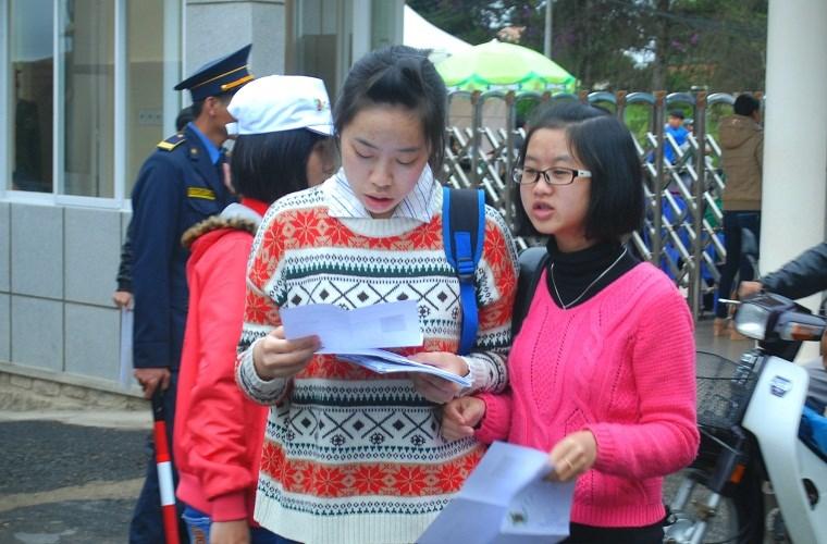 Đà Lạt: Hàng nghìn TS mặc áo ấm đi thi giữa mùa hè 7