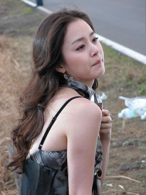 Loạt ảnh cực xinh chưa qua chỉnh sửa của Kim Tae Hee gây sốt 10