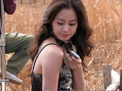 Loạt ảnh cực xinh chưa qua chỉnh sửa của Kim Tae Hee gây sốt 12